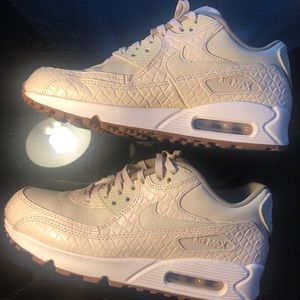 Nike Air Max Sneakers in Sand Color, US 7.5